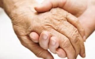 Какой пакет документов нужен в опеку для получения разрешения для ухода за пожилым человеком?